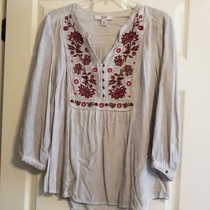 Silver vintsge embroidered tunic